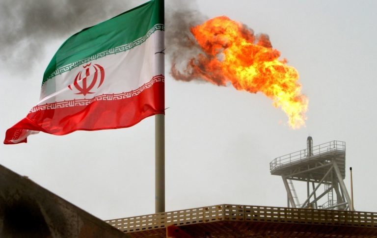 US to announce end to sanctions waivers for Iran oil imports