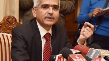 Face of demonetisation and veteran bureaucrat: Meet Shaktikanta Das, the new RBI governor