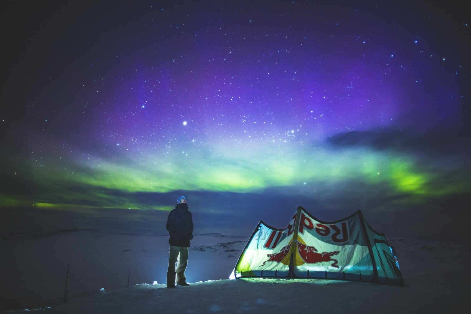 6. Norway: Visa-Free Access Score: 185. While people around the world flock to Norway to catch a glimpse of the Northern Lights, Norwegian themselves can travel to 185 destinations visa-free.
