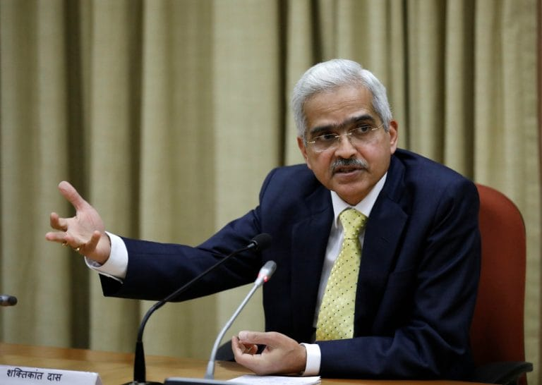 Economists raise concerns over India's slowdown with RBI governor