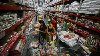 World food price index rises in July, extending rebound