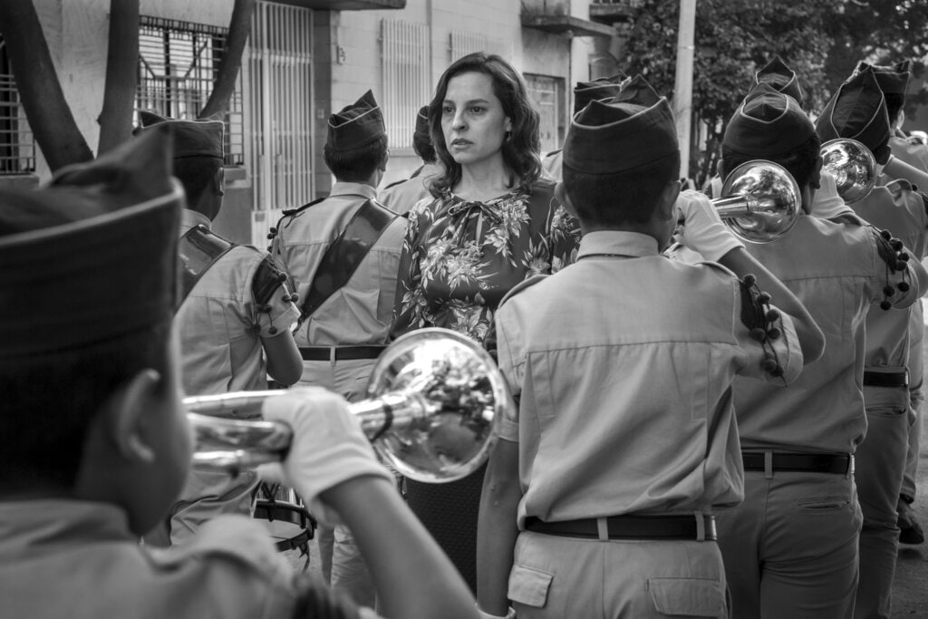 This image released by Netflix shows Marina de Tavira, center, in a scene from the film