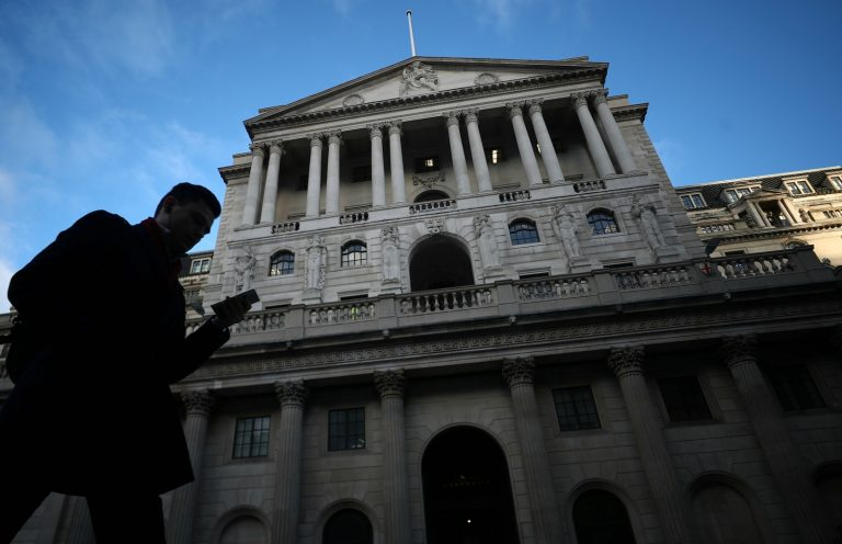 Bank of England sees weakest UK outlook since 2009 on Brexit, global slowdown