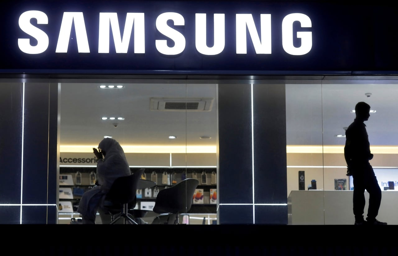 <strong>7.</strong> Tech giant Samsung makes it to the list with a brand value of $53.1 billion.