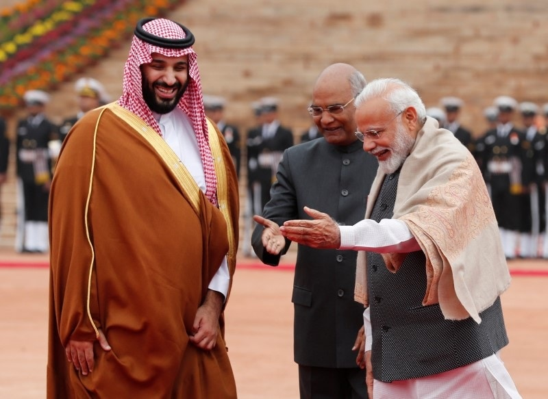 Saudi Arabia's Crown Prince Mohammed bin Salman is welcomed by India's Prime Minister Narendra Modi and President Ram Nath Kovind during his ceremonial reception at the forecourt of Rashtrapati Bhavan in New Delhi, India, February 20, 2019. (Reuters)