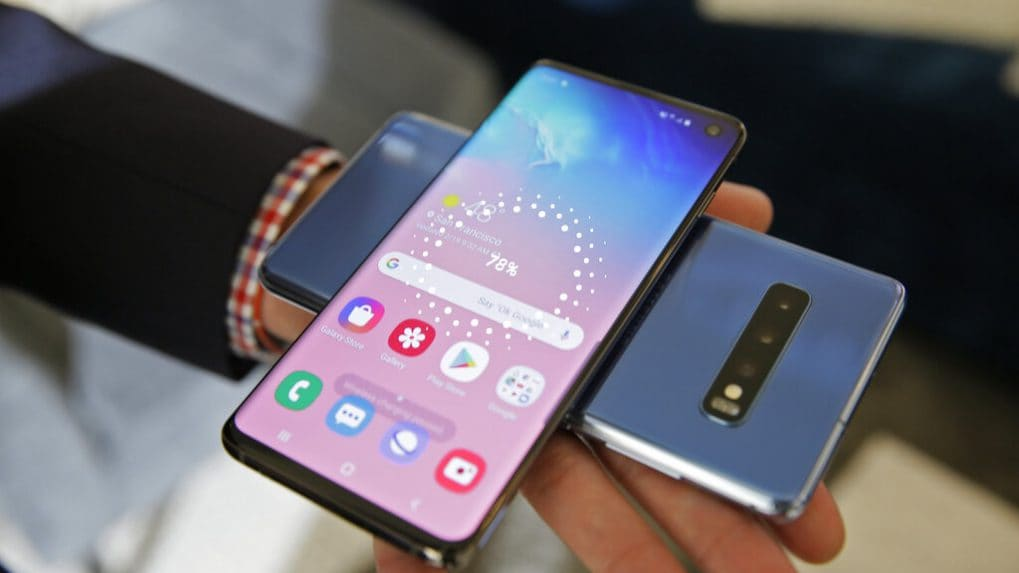 Samsung launches Galaxy S10, S10+, S10e smartphones; introduces revolutionary foldable phone