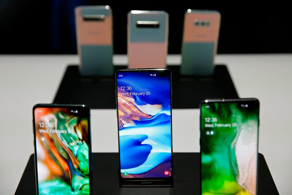 The new Samsung S10 phones are displayed in a demonstration room after an event Wednesday, February 20, 2019, in San Francisco. The price of Galaxy S10 starts at $849 (roughly Rs 60,000) and it packs in almost all of the same features as its high-end sibling Galaxy S10+, except for a slightly smaller display and a front-facing camera with portrait mode. (AP Photo/Eric Risberg)