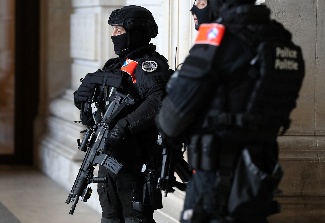 Belgian police special unit officers secure the Palace of Justice during the trial of Mehdi Nemmouche and Nacer Bendrer in Brussels, Belgium March 11, 2019. (Reuters)