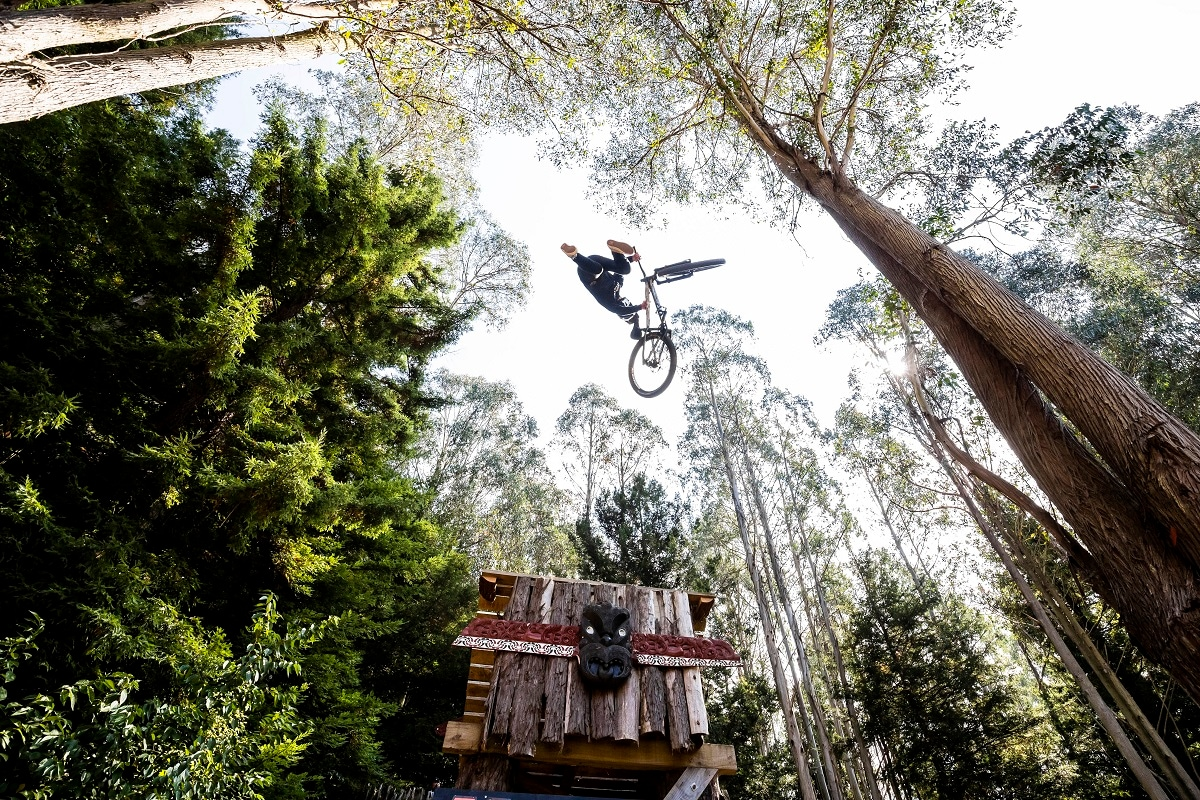German Eric Fedko performs a cool trick during the Maxxis Slopestyle in Memory of McGazza at Crankworx Rotorua. (Graeme Murray / Red Bull Content Pool)
