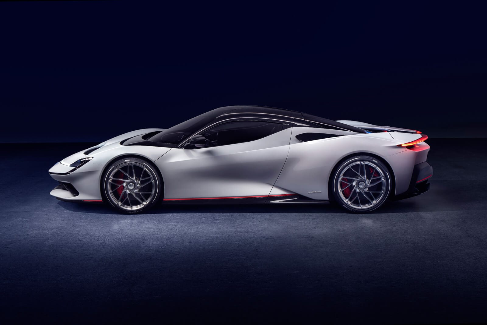 1,900 hp/ 2,300 Nm torque with zero emissions thrusts Battista to 100 km/h in less than two seconds yet is capable of 450 kms on one charge with a 120 kWh Li-ion battery pack.