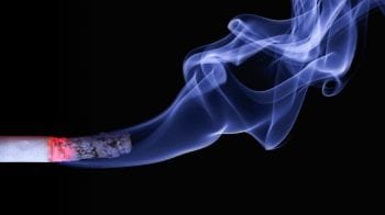 Quit smoking to lower risk of premature birth