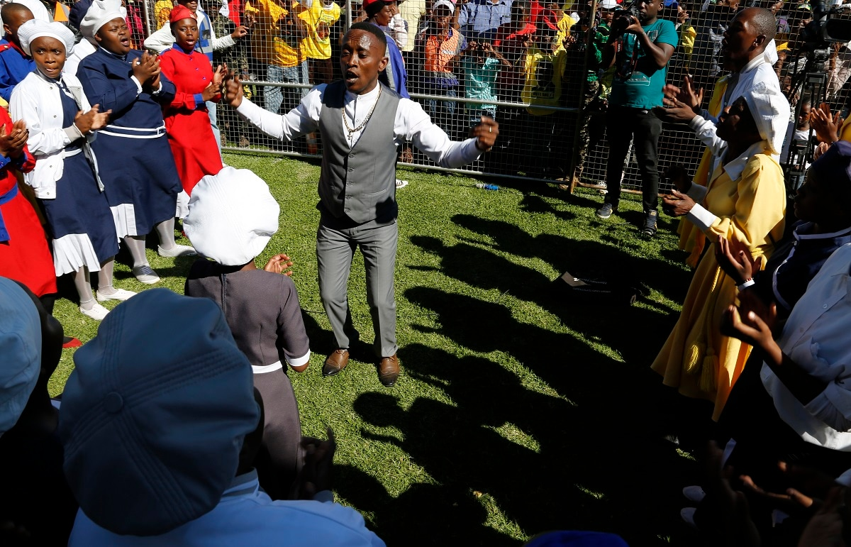 A gospel choir performs at Freedom Day celebrations in Kwa-Thema Township. (AP Photo/Denis Farrell)