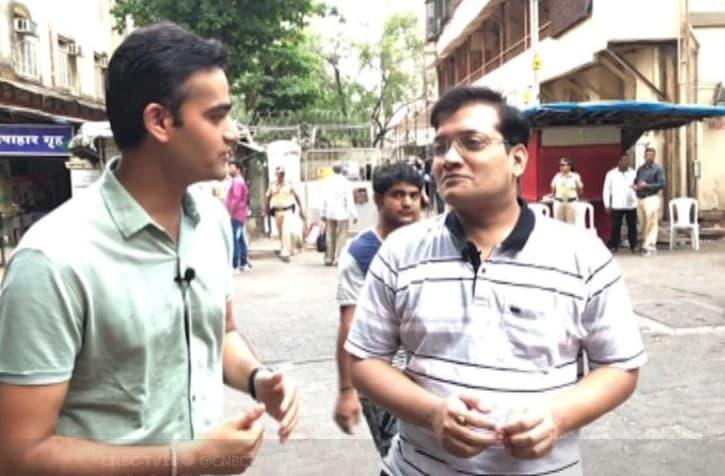 Motilal Oswal's Manish Sonthalia voted on Monday in Mumbai.