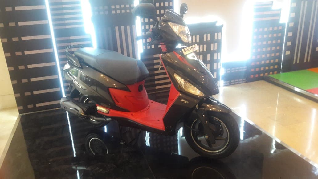 The scooter gets a telescopic suspension in the front and a single shock absorber at the rear. The disc brake variant gets a 190mm rotor in the front while the drum brake variant gets a 130mm drum setup on both ends.