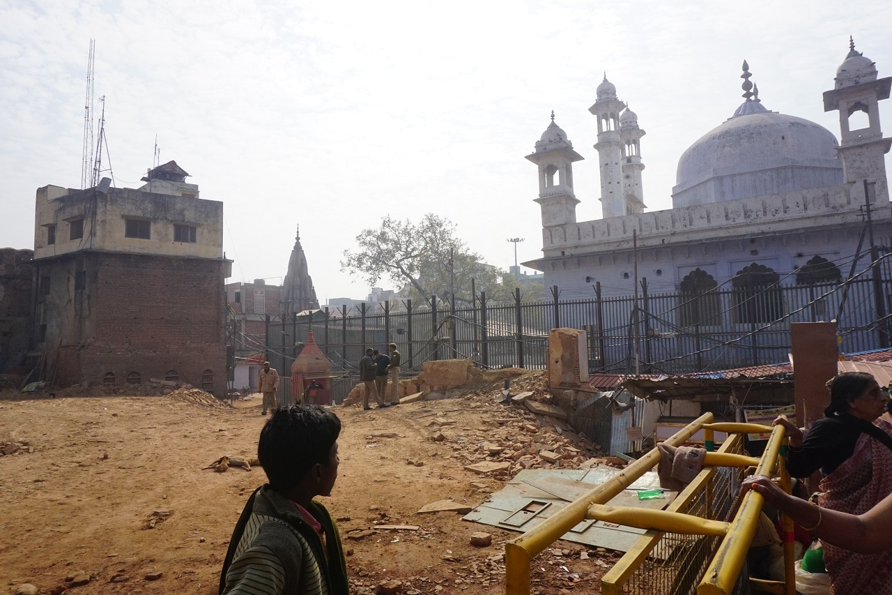 A view of Gyanvapi mosque in Varanasi, Uttar Pradesh, which shares a boundary with the Kashi Vishwanath Temple.