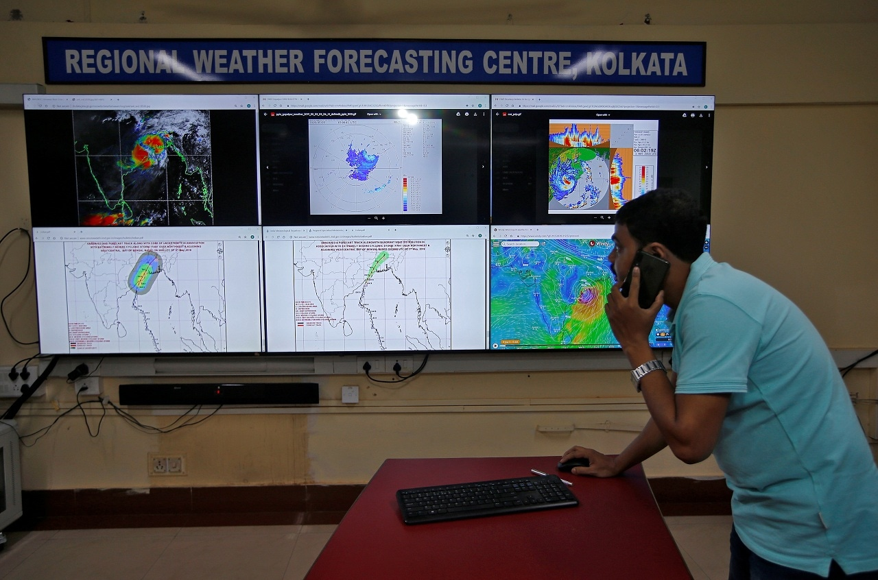 Debapriya Roy, a scientist at India Meteorological Department Earth System Science Organisation, monitors Cyclone Fani inside his office in Kolkata, India, May 3, 2019. (Reuters)