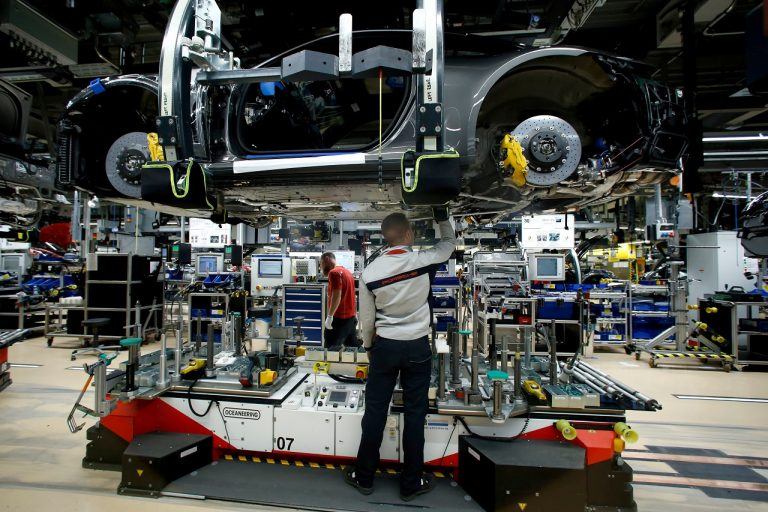 'First ray of hope' as German economy returns to growth
