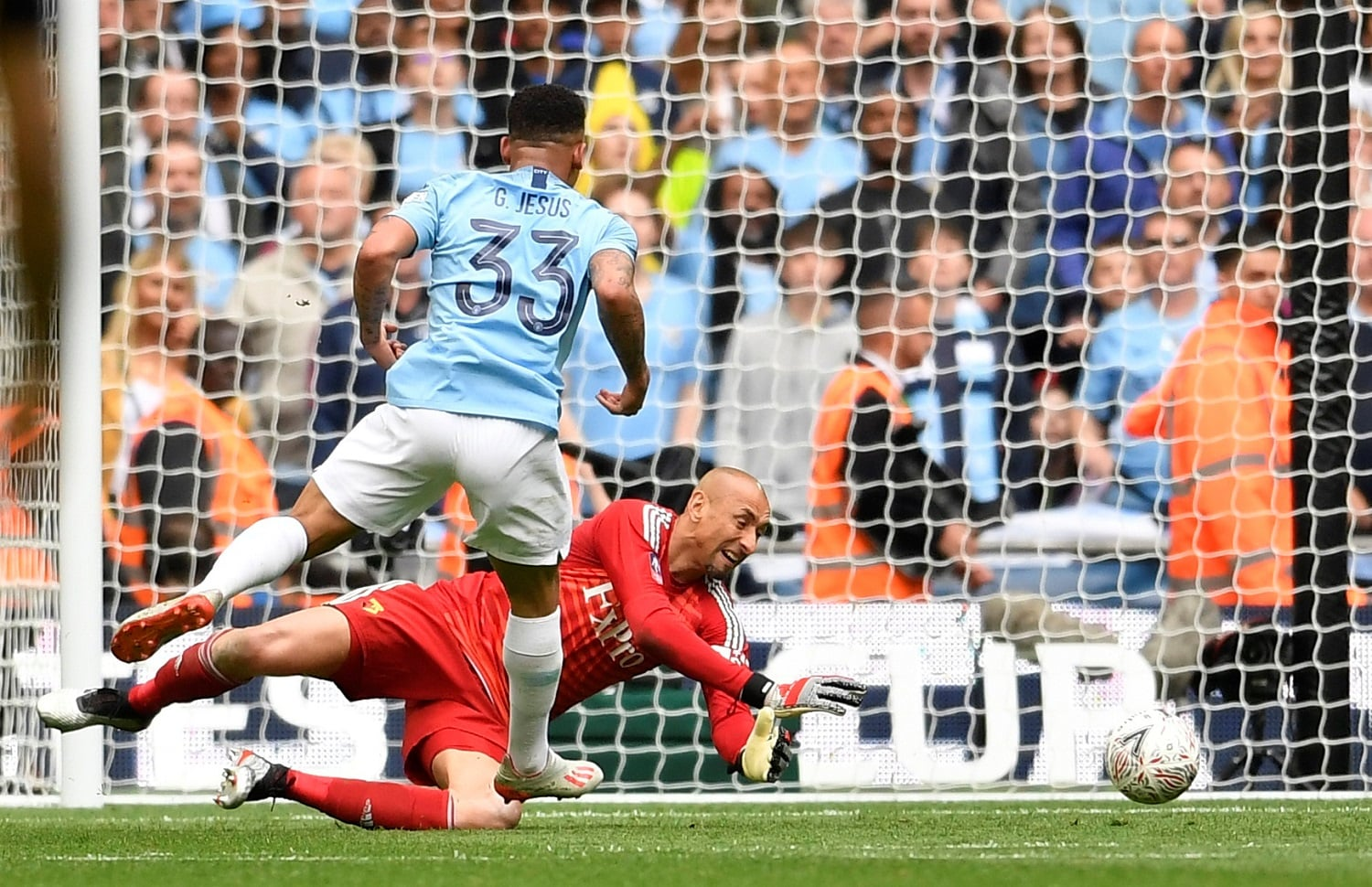 Soccer Football - FA Cup Final - Manchester City v Watford - Wembley Stadium, London, Britain - May 18, 2019 Manchester City's Gabriel Jesus scores their fourth goal REUTERS/Toby Melville