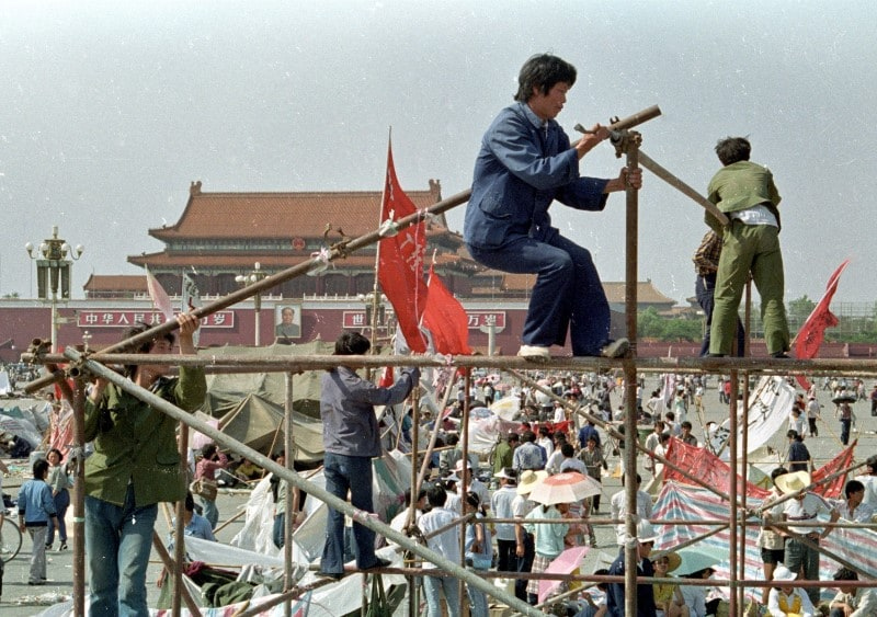 On April 27, 1989, around 50,000 students defy authorities and march to Tiananmen. Supporting crowds number up to one million. (Reuters/File photo)