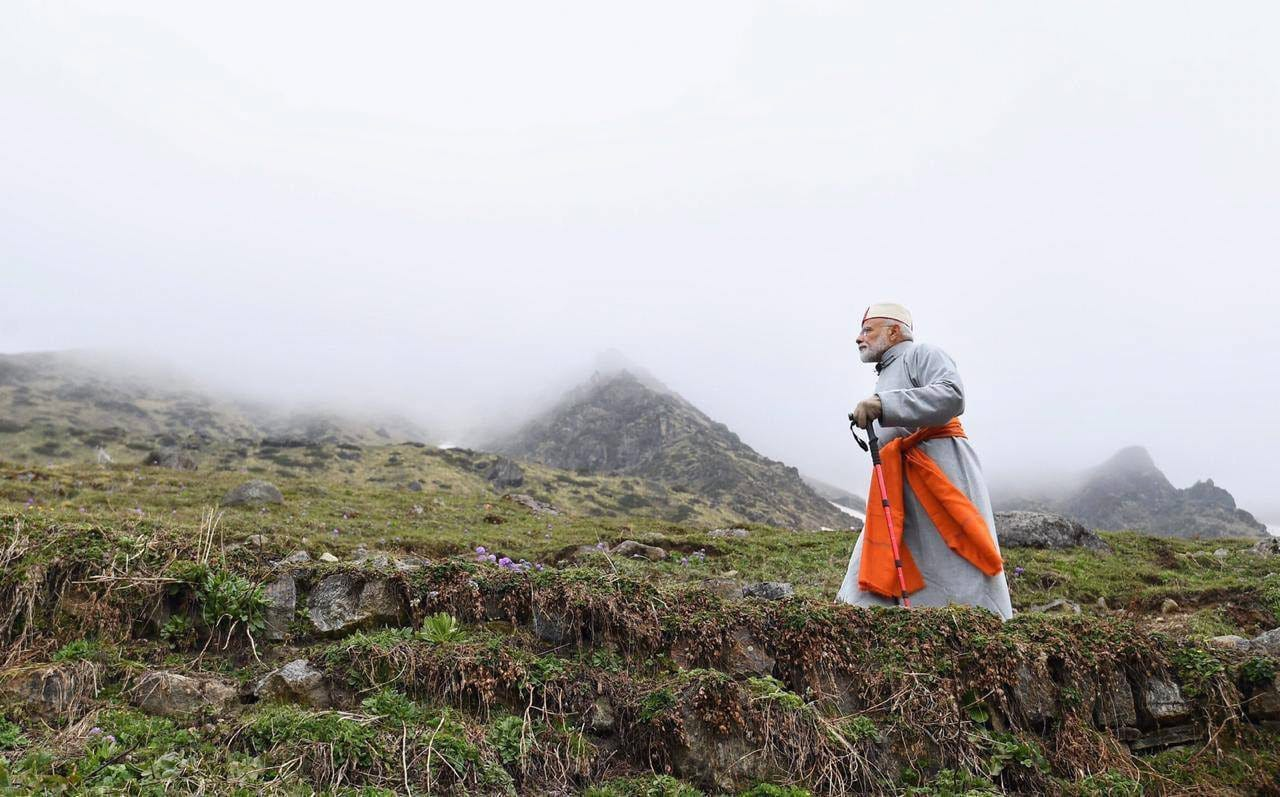 Kedarnath: Prime Minister Narendra Modi after paying obeisance at Kedarnath Temple, during his two-day pilgrimage to Himalayan shrines, in Rudraprayag district, Saturday, May 18, 2019. PM Modi will visit Badrinath on Sunday. (PTI Photo) (PTI5_18_2019_000148B)