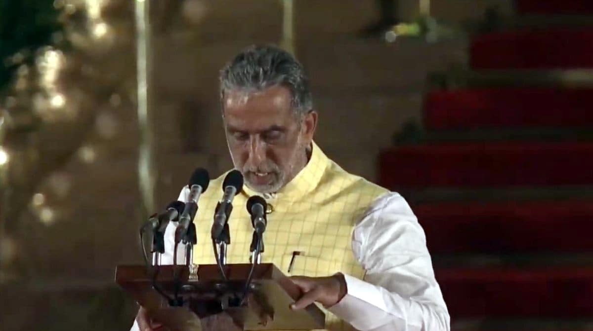 Krishan Pal Gurjar- Faridabad BJP MP Krishan Pal Gurjar takes oath as Union Minister at a swearing-in ceremony at Rashtrapati Bhavan in New Delhi on May 30, 2019. (Photo: IANS)
