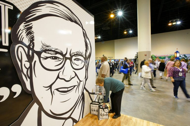 What to buy at market peak? Top 10 stocks based on Warren Buffett's investment methodology