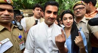 2019 Lok Sabha polls: President Kovind, Rahul Gandhi, Kejriwal among early voters in Delhi - See photos