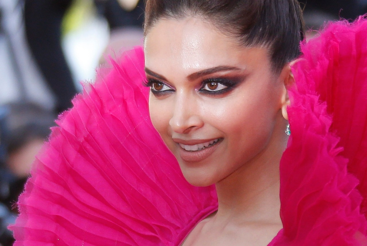 <strong>Deepika Padukone -</strong>With a fitness routine that's packed with a combination of weights, pilates, dance and yoga, Bollywood Actress Deepika Padukone is the undisputed fitness figure in the industry today. Even before acting, she was very active and played badminton in national level championships. She manages to find a way to stick to her workout routine despite her busy schedule. She believes that yoga improves her strength, concentration, and keeps her mind active and calm. Deepika recently married the explosive actor, Ranveer Singh, who is also crazy about working out, so we can only assume that the dynamic couple motivate each other to stay fit and healthy.