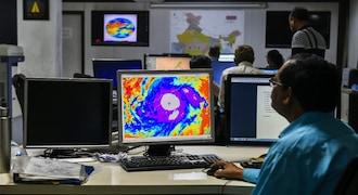 Cyclone Fani to hit Odisha on Friday morning between 8-10 AM, says IMD
