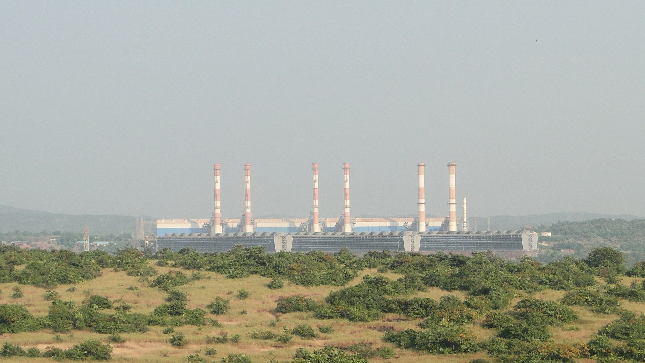 Gujarat Alkalies: The company completed the commissioning of the entire 20 MW AC Solar Power Plant installation in a phased manner at Charanka. The total installed capacity of Solar Power Plant now stands increased to 35 MW. (Image for representational purpose | Source: Wikimedia Commons)