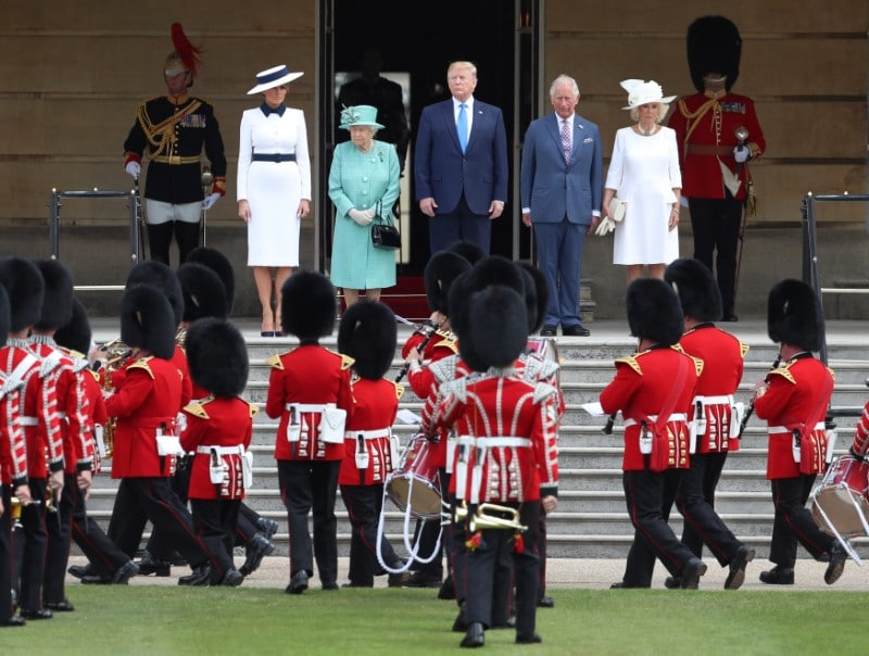 US President Donald Trump and First Lady Melania Trump attend a welcome ceremony with Britain's Queen Elizabeth, Prince Charles and Camilla, Duchess of Cornwall, at Buckingham Palace, in London, Britain, June 3, 2019. REUTERS/Simon Dawson