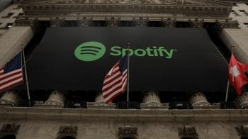 Apple says it collects fee on less than 1% of Spotify users