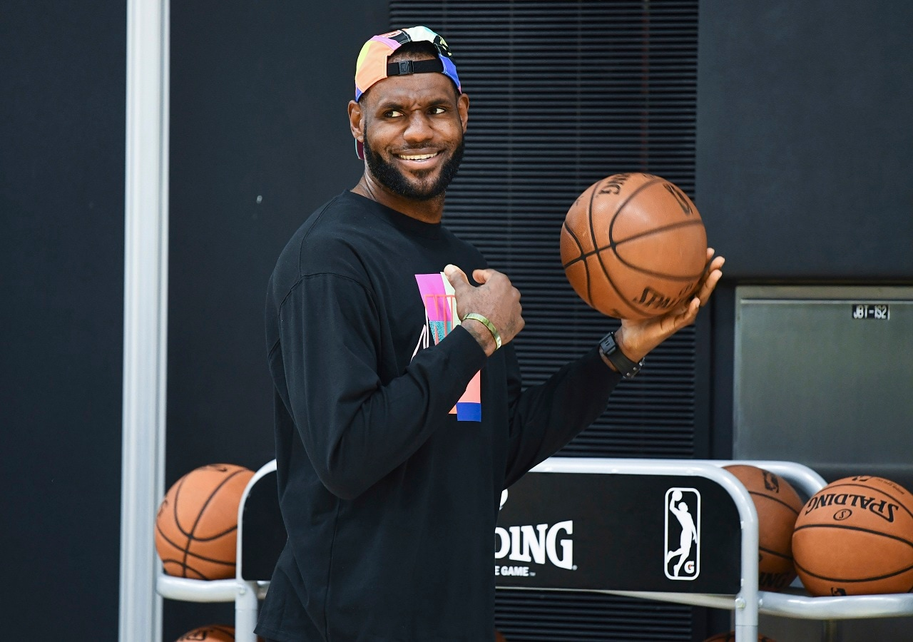 #8: Los Angeles Lakers basketball player LeBron James earned an estimate of $89 million. He received a salary of  $36 million and $53 million from endorsements. (Image: Reuters/USA TODAY)