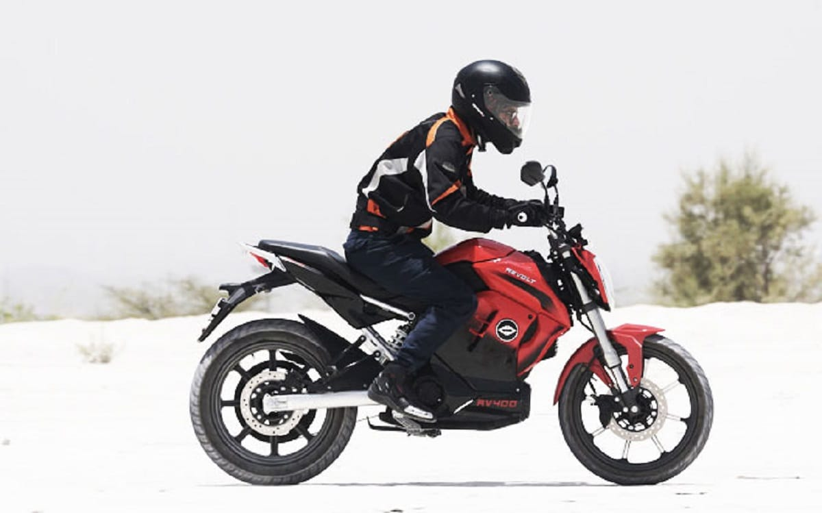 The all-electric motorcycle has a range of 156 kilometres per charge and can be fully charged in four hours. (Revolt Motors)