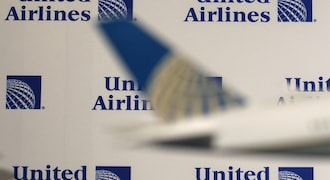 Unpaid leave or termination, these 2 international airlines warn unvaccinated employees