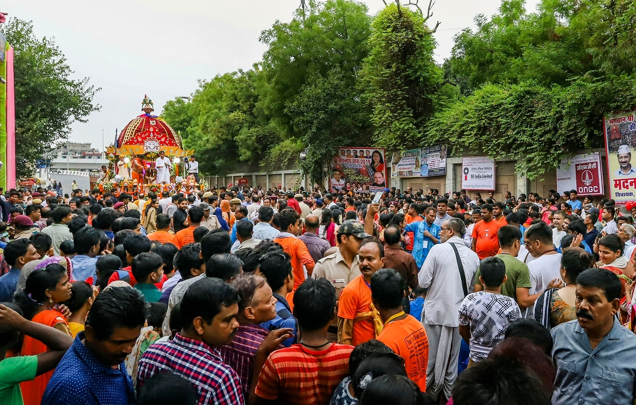 Devotees pull the chariot of Lord Jagannath during the 'Rath Yatra', in New Delhi, Thursday, July 4, 2019. The yatra is taken out every year on Ashadhi Bij, the second day of Ashad month, as per the Hindu calendar. (PTI Photo)<br />(PTI7_4_2019_000212B)
