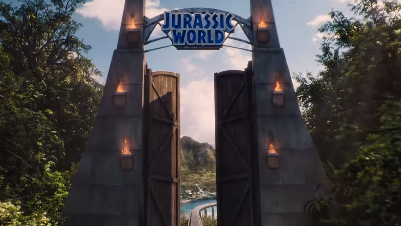 Jurassic World: $1.671 billion – A sci-fi thriller, the 2015 movie stands at number six among the biggest money-making releases of all time. (Image: Universal Pictures/Youtube)