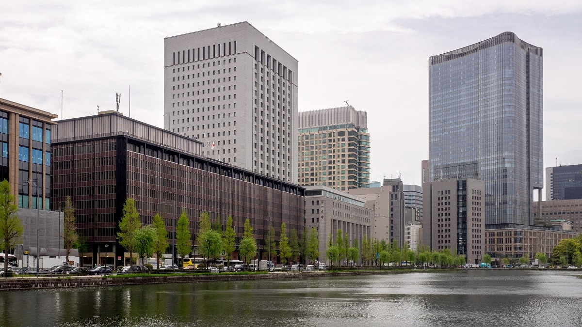 8: At eighth position is Tokyo's Marunouchi business district. The space in the area comes with a price tag of $ 167.82 per square feet. (Image source: Wikimedia Commons)