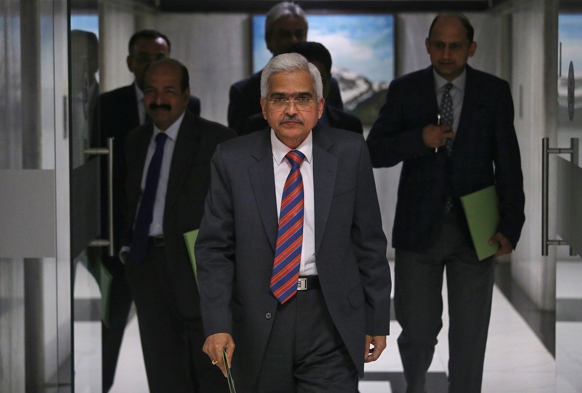 7. SBI Report On Repo Rate Cut: Lose-monetary policy alone cannot arrest the deepening slump, instead government must take demand-boosting measures, especially in rural areas, by frontloading expenditure primarily through the national rural employment scheme, says a report. Economists at State Bank Research Monday also warned that any attempt to trim government spending to maintain the fiscal numbers will be severely detrimental to growth.