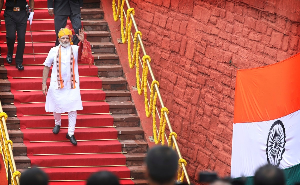 Indian Prime Minister Narendra Modi waves as he leaves after addressing the nation on the country's Independence Day from the ramparts of the historic Red Fort in New Delhi. (AP Photo/Manish Swarup)