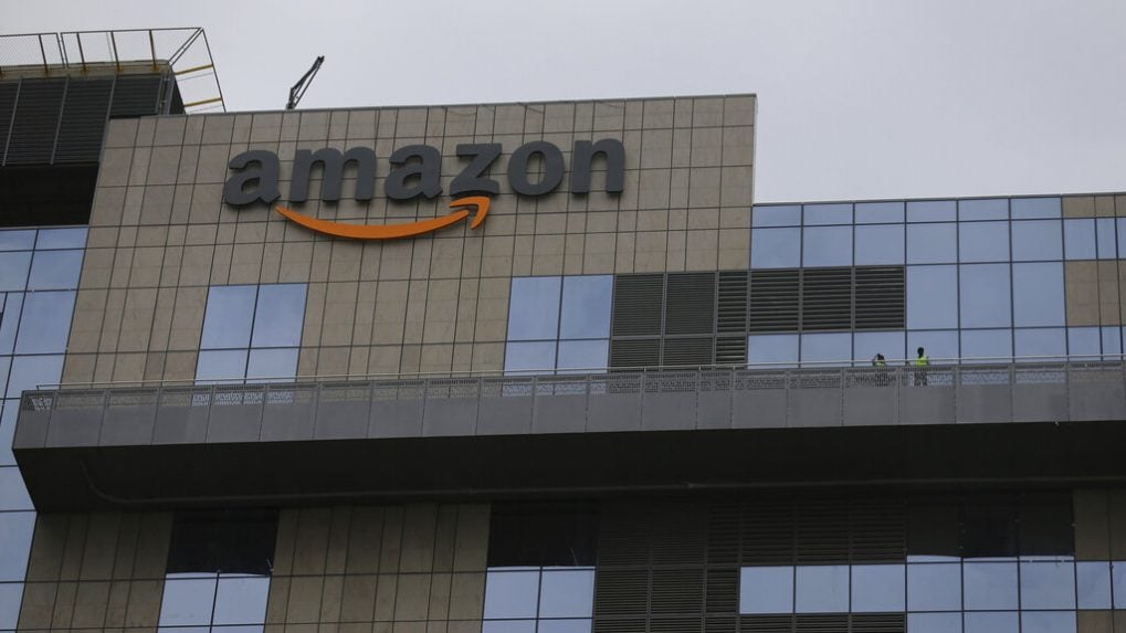 Amazon bucks UK labour market gloom with 7,000 new jobs