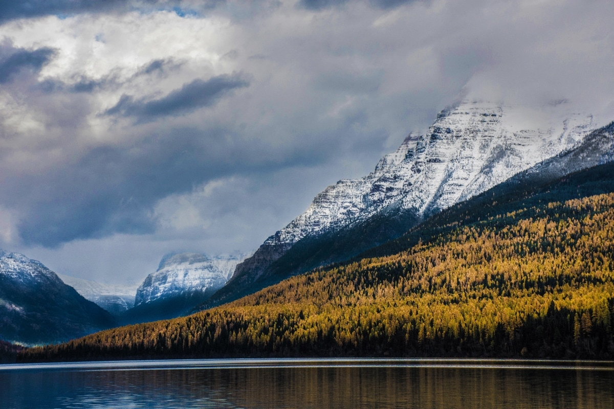 Glacier National Park, United States: When introduced, there were about 150 glaciers spread all over the place. Sadly, the number has declined to just 25 glaciers, to date. Looking at the current scenario, scientists have predicted, all the remaining glaciers of the park will get melted by 2030. Affecting the lives of some of the rarest animals like elk, mountain goats, and grizzly bears, inhabiting in the area.