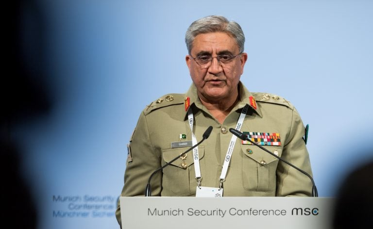 Pakistan court may force army chief to retire early