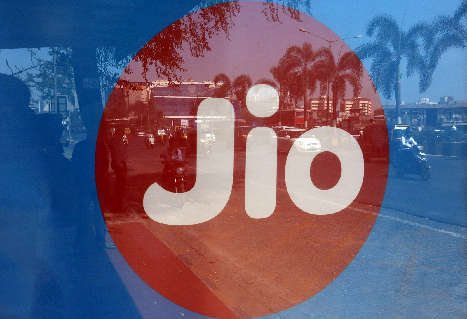 Reliance Jio will kick-start four new sources of growth: Internet of things, broadband services for home, small and medium businesses and large enterprises. (Image: Reuters).