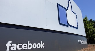 Total blackout for Facebook and Instagram users in UK