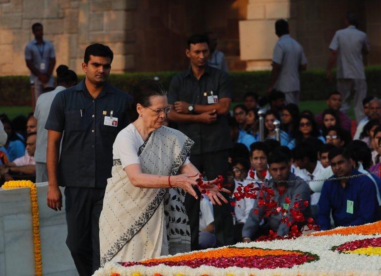 Congress demands restoration of SPG cover for Gandhi family, Manmohan Singh