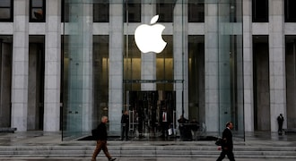 Apple mobilizes suppliers to unveil first 5G iPhones, says report