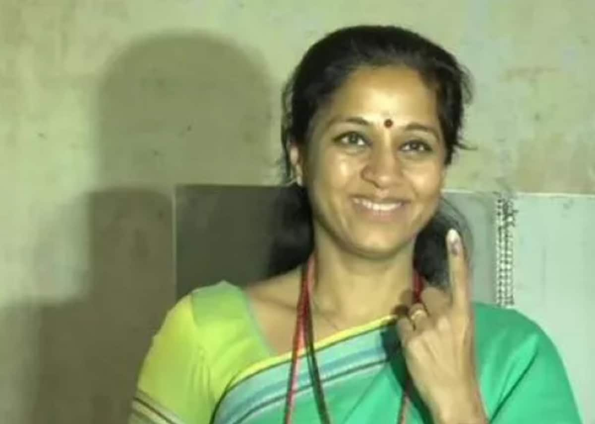 Senior Nationalist Congress Party (NCP) leader Supriya Sule after casting her vote in Baramati. (Image: News18)