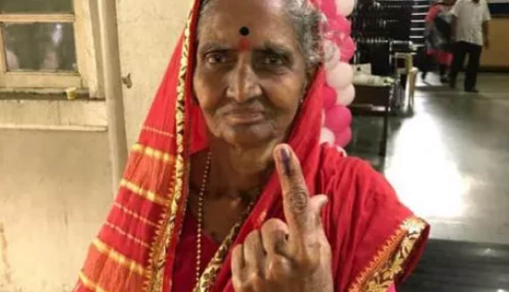 Assembly poll 2019: Voters wowed by Maharashtra all-women polling booth