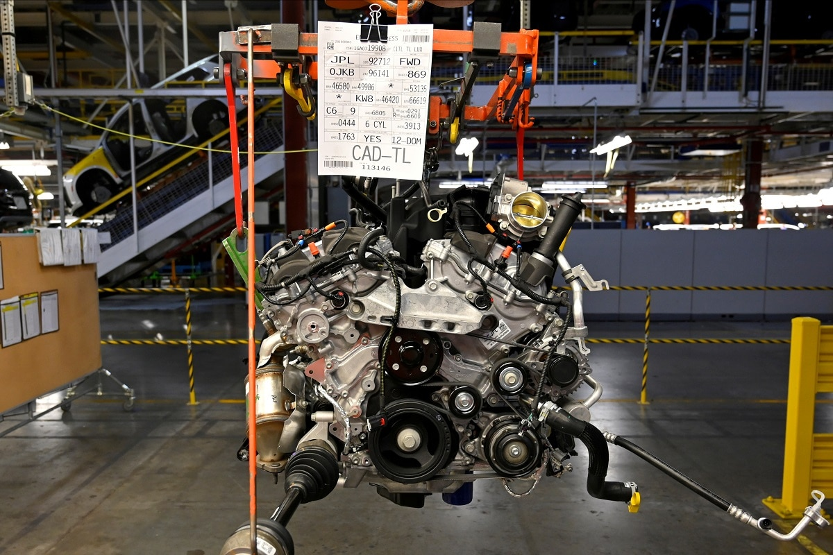 That would destroy the cost advantages of their cross-border supply chains - which include US companies employing American workers - and would likely force automakers to redesign their manufacturing models and find cheaper alternatives elsewhere, industry experts say. REUTERS/Harrison McClary/File Photo